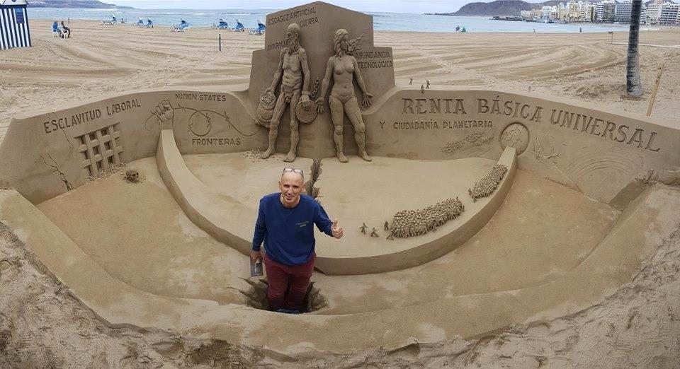 Etual Ojeda realiza un impresionante monumento a la Renta Básica